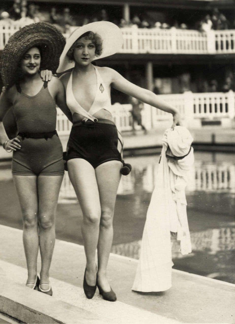 Fürdőruha divat 1930-as évek